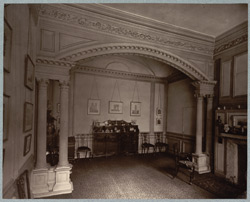 Ashburnham House, The Alcove In Dining Room